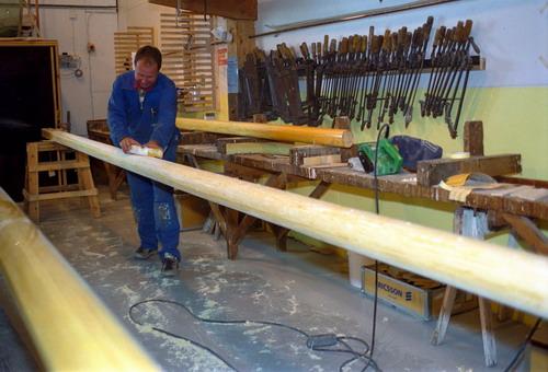 Manufacturing mast
